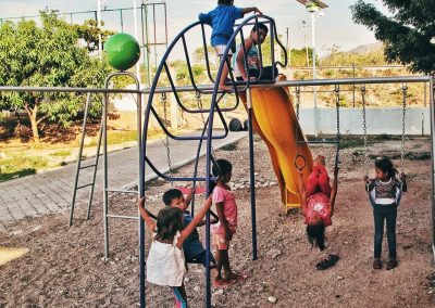 """Children and adolescents who travel through Mexico receive help in different shelters and migrant houses (Ana Luz Minera Castillo. """"Hermanos en el Camino"""" shelter, Ixtepec City, Oaxaca, Mexico.)"""