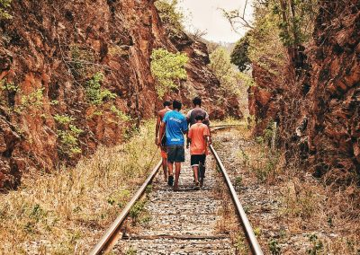 Some young people are accompanied and others are separated from their relatives during the trip. But many more travel alone, without the company of a responsible adult who cares for them or helps (Ana Luz Minera Castillo. Ixtepec City, Oaxaca, México).
